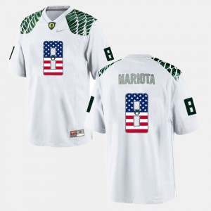 Mens Oregon Duck US Flag Fashion #8 Marcus Mariota college Jersey - White